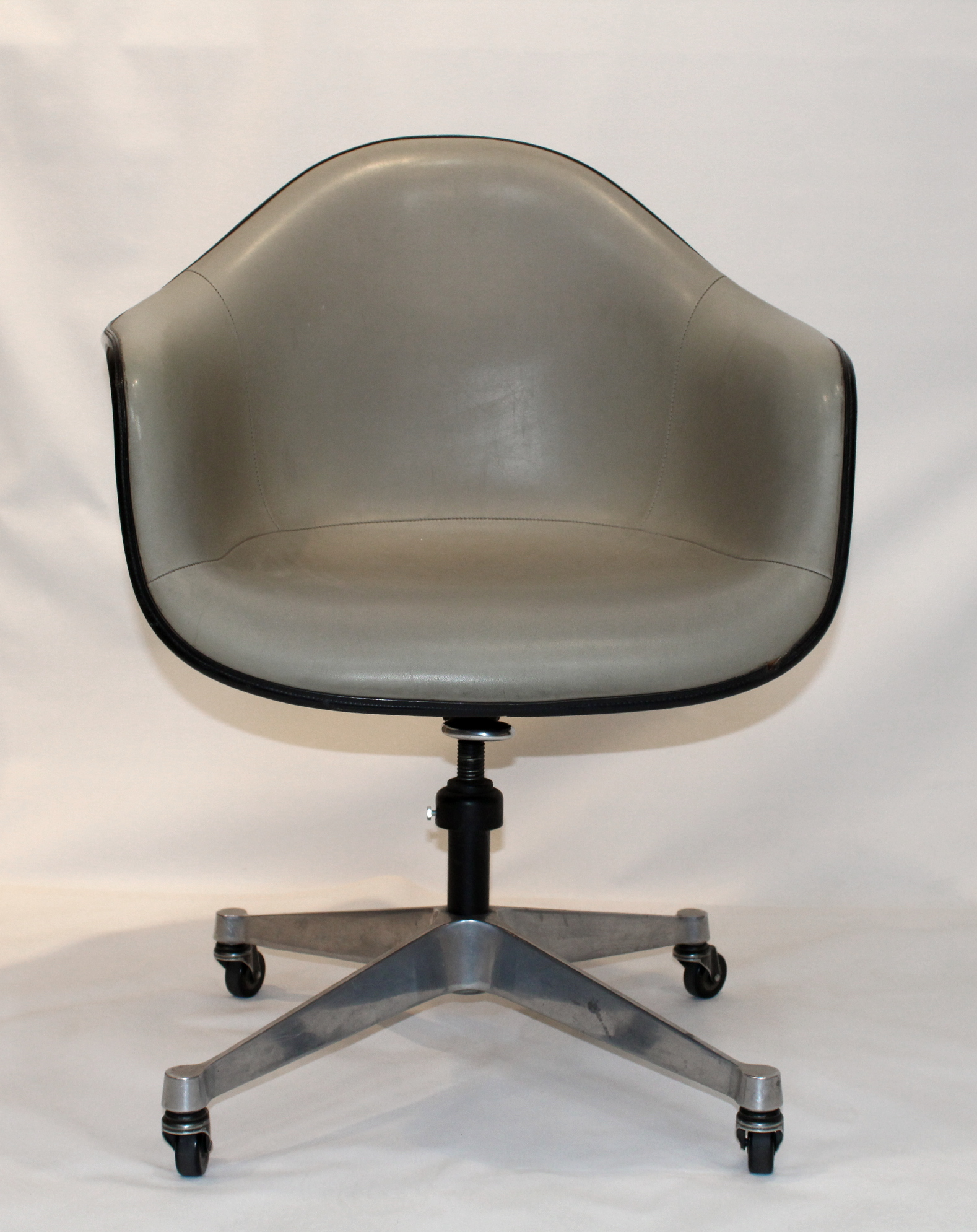 Herman Millers Eames Armchair Vintage Eames For Herman